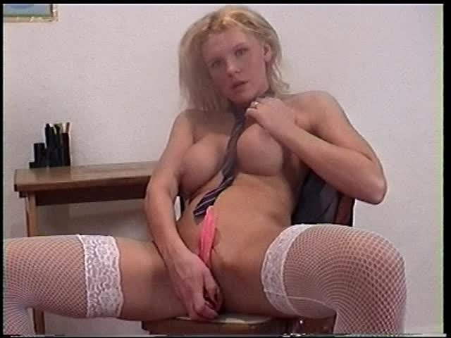 amateur girls fucked skoolie kirsty strips and toys *  Amateur Girls Fucked *  Amateur * Toys, Striptease *  451,1 MB 20.03.2019