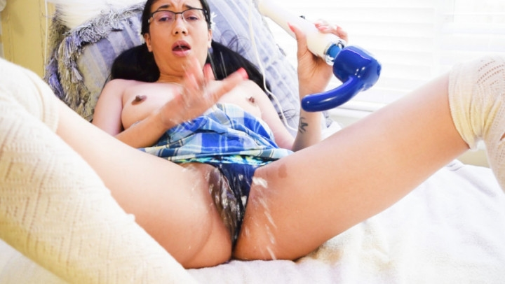 aspen snow neon panties hitachi squirt *  Aspen Snow *  Amateur * Squirt, T-shirts And Panties, Squirting *  4,4 GB 15.03.2019