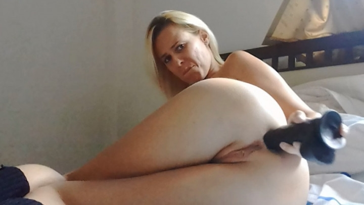 missanja anal stretching and loud farts ~  MissAnja ~  Amateur ~ Ass Fetish, Bbc ~  779,7 MB 22.03.2019
