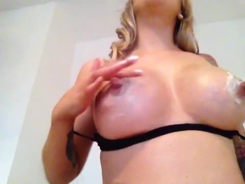 the charlie z creaming up my big tits and huge nips *  The Charlie Z *  Amateur * Big Boobs, Fetish, Nipples *  22,2 MB 30.03.2019