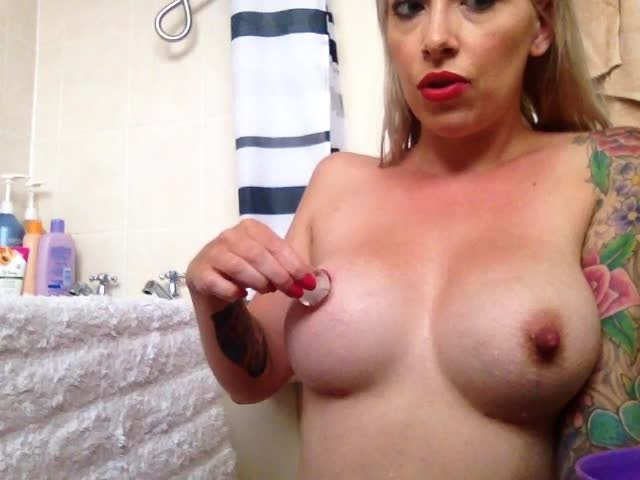 the charlie z ice cubes on my massive nipples *  The Charlie Z *  Amateur * Tit Sucking / Nipple Fetish, Nipple Play, Ice Fetish *  154,7 MB 23.03.2019