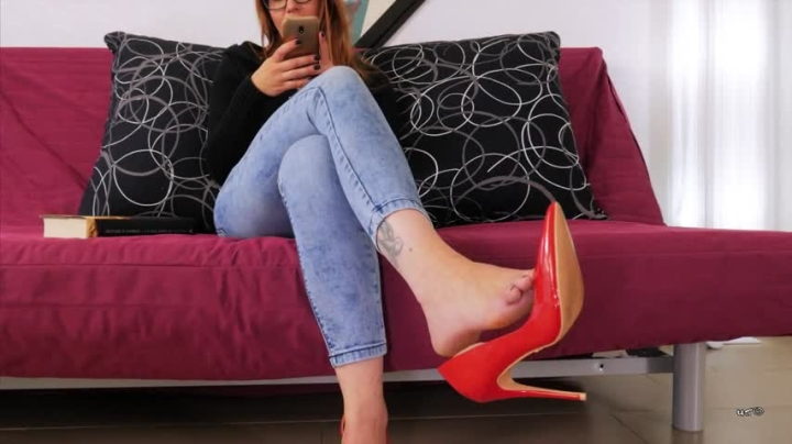 unchainedperversions super cute footjob 4 rent *  UnchainedPerversions *  Amateur * Ignore, Footjobs, Pov *  402,5 MB 20.03.2019