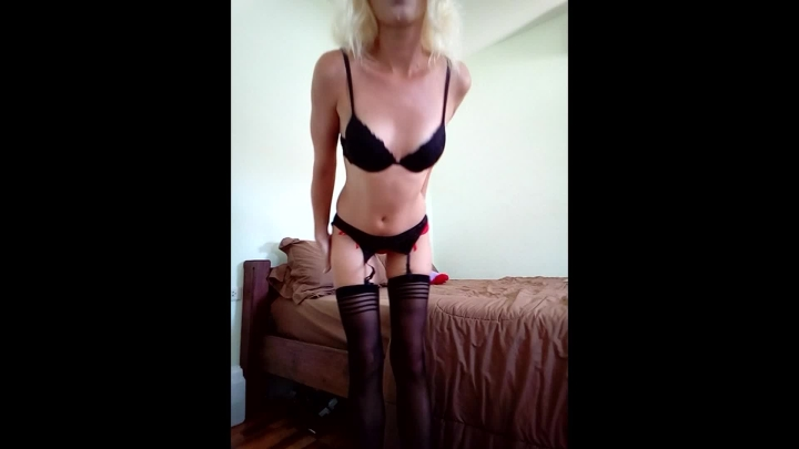 missanja cum countdown ~  MissAnja ~  Amateur ~ Blonde, Small Tits, Garter & Stockings ~  679,4 MB 06.04.2019