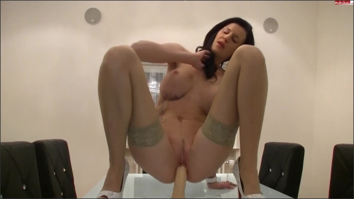 unbelievable krass but absolut geil with mysexymel ~  MysexyMel ~  mydirtyhobby ~ Squirting, Mdh, Rough Sex ~  103,9 MB 23.05.2019