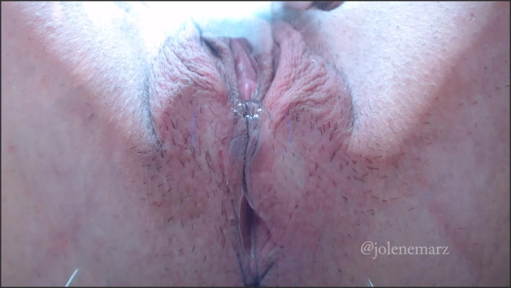 Fingering Squirt Solo Close Up