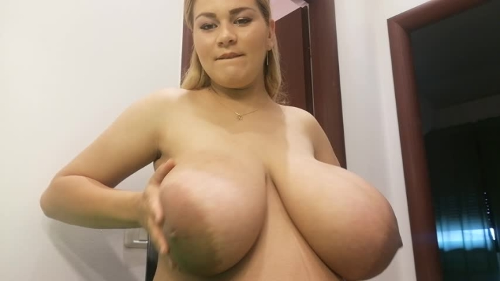 hugeboobserin sucking huge preggo nipples *  HugeBoobsErin *  Amateur *  00:05:01 * Huge Boobs, Pawg, Pregnant *  585,1 MB 04.09.2019