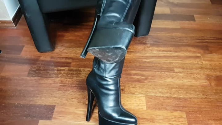 mistress patricia leather amp heels pov ~  Mistress Patricia ~  Amateur ~  00:05:14 ~ Boots, Boot Fetish, Boot Licking ~  162,2 MB 12.09.2019