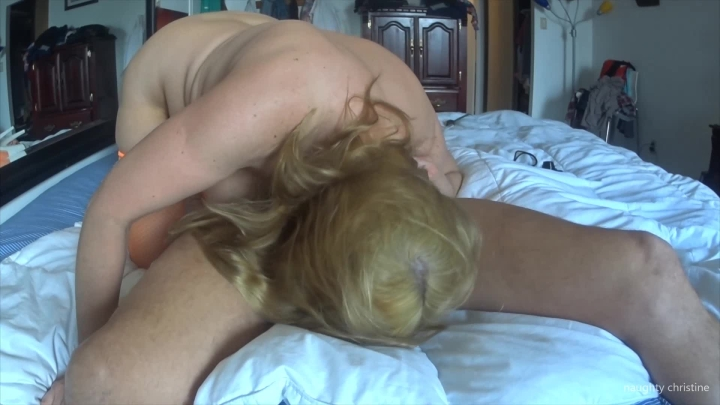 naughty christine awesome blow job with facial ~  Naughty Christine ~  Amateur ~  00:06:30 ~ Blow Jobs, Slow Motion, Ball Sucking/licking ~  342,1 MB 18.10.2019
