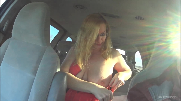 naughty christine clothing change in the car ~  Naughty Christine ~  Amateur ~  00:06:14 ~ Big Tits, Nudity/naked ~  356,8 MB 18.10.2019
