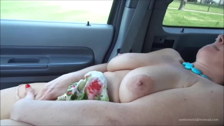 naughty christine cumming in her mouth and spit ~  Naughty Christine ~  Amateur ~  00:26:03 ~ Big Tits, Orgasms, Public Outdoor ~  552,8 MB 18.10.2019