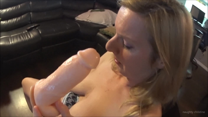 naughty christine demands me to suck my dong ~  Naughty Christine ~  Amateur ~  00:03:18 ~ Finger Fucking, Big Tits, Dildo Sucking ~  200,4 MB 18.10.2019