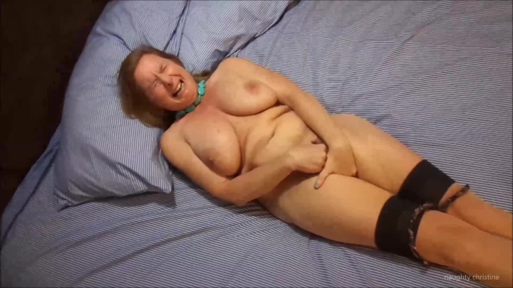 naughty christine finger fucking in high heels ~  Naughty Christine ~  Amateur ~  00:08:05 ~ Big Tits, Orgasms ~  471,4 MB 18.10.2019