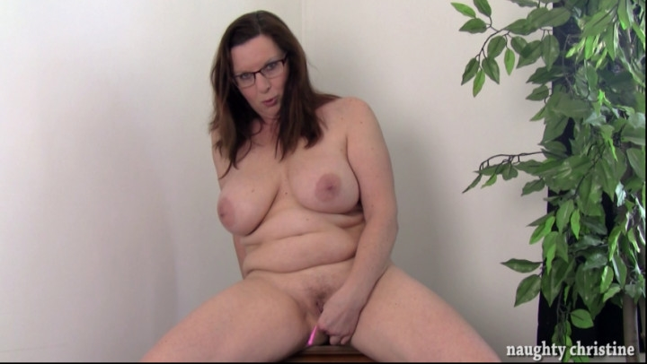 naughty christine fucking strangers make me so horny ~  Naughty Christine ~  Amateur ~  00:20:26 ~ Milf, Erotic Nude ~  2,6 GB 18.10.2019