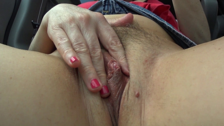 naughty christine hairy bush meaty pussy orgasm ~  Naughty Christine ~  Amateur ~  00:09:47 ~ Outdoors, Hairy Bush ~  822,2 MB 18.10.2019