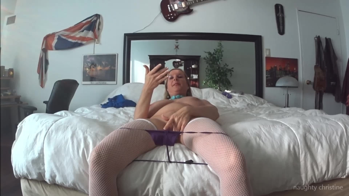 naughty christine i love these little panties i found ~  Naughty Christine ~  Amateur ~  00:03:48 ~ Fishnets, Booty Shaking ~  195,9 MB 18.10.2019