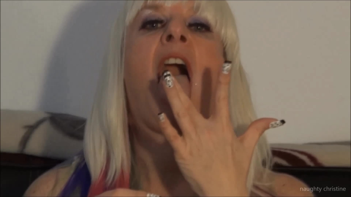 naughty christine look into my eyes going to make you cum ~  Naughty Christine ~  Amateur ~  00:06:55 ~ Finger Fetish, Tongue Fetish ~  352,5 MB 18.10.2019