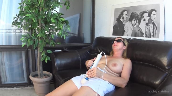 naughty christine menopause blues time for the hitachi ~  Naughty Christine ~  Amateur ~  00:08:45 ~ Orgasms, Milf ~  289,9 MB 18.10.2019
