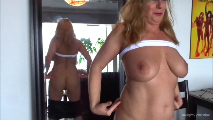 naughty christine mirror strip tease and cum show ~  Naughty Christine ~  Amateur ~  00:16:24 ~ Boob Bouncing, Dildo Fucking ~  749,3 MB 18.10.2019