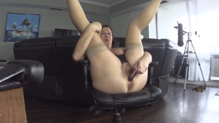 naughty christine multiple orgasm webcam show ~  Naughty Christine ~  Amateur ~  00:21:20 ~ Stocking, Toys ~  843,9 MB 18.10.2019