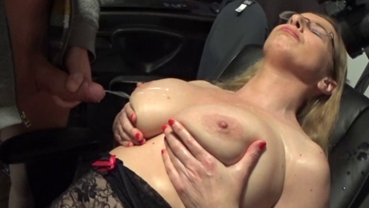 naughty christine oiled tits jerk off encouragement ~  Naughty Christine ~  Amateur ~  00:11:19 ~ Tit Play, Tickling ~  741,7 MB 18.10.2019