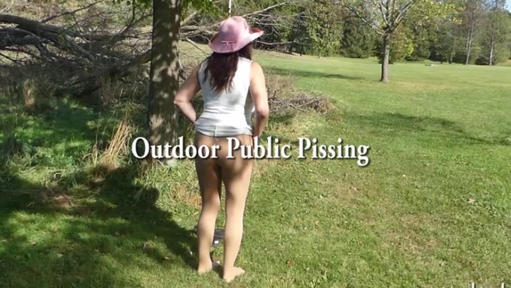naughty christine outdoor public pissing ~  Naughty Christine ~  Amateur ~  00:29:59 ~ Pee, Female Desperation ~  3,2 GB 18.10.2019