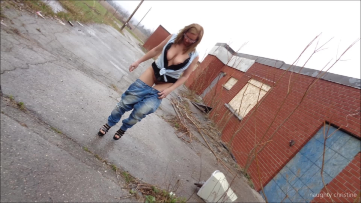 naughty christine rainy day play ~  Naughty Christine ~  Amateur ~  00:23:57 ~ Public Outdoor, Woman Following Orders, Corset ~  2,4 GB 18.10.2019