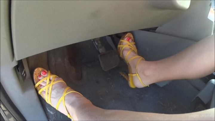 naughty christine revving the engine makes me horny ~  Naughty Christine ~  Amateur ~  00:05:43 ~ Female Domination, Feet, Toe Fetish ~  245,4 MB 18.10.2019