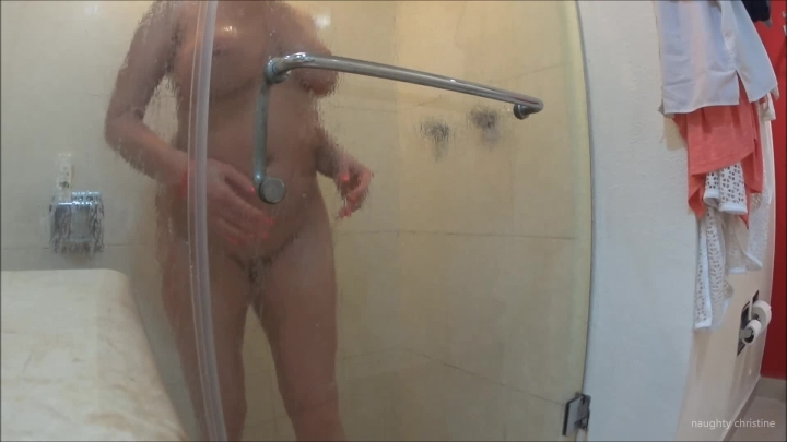 naughty christine showering ~  Naughty Christine ~  Amateur ~  00:08:34 ~ Big Boobs, Hair Washing, Shower ~  139,8 MB 18.10.2019