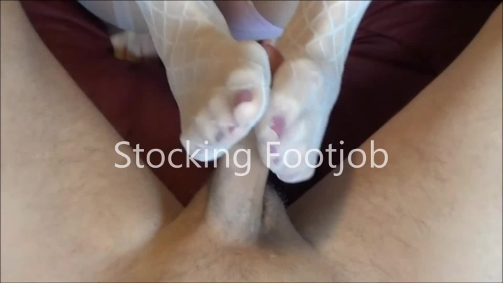 naughty christine stocking footjob ~  Naughty Christine ~  Amateur ~  00:06:04 ~ Big Loads, Footjobs, Foot Fetish ~  300,3 MB 18.10.2019