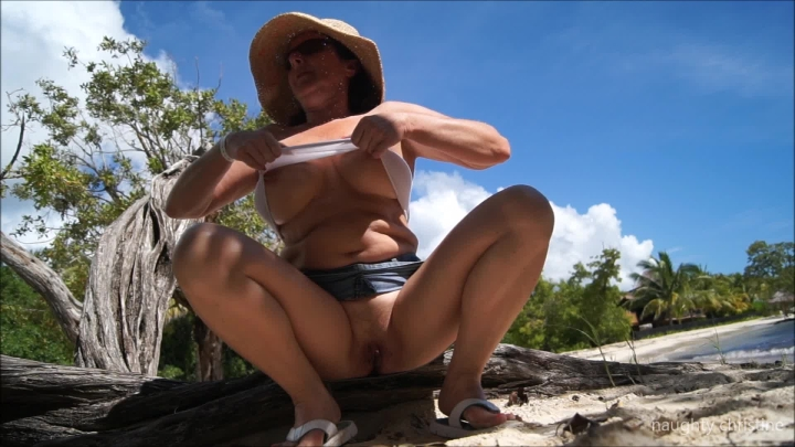naughty christine upsirt on public beach ~  Naughty Christine ~  Amateur ~  00:04:53 ~ Voyeur Beach, Public Nudity ~  674,9 MB 18.10.2019