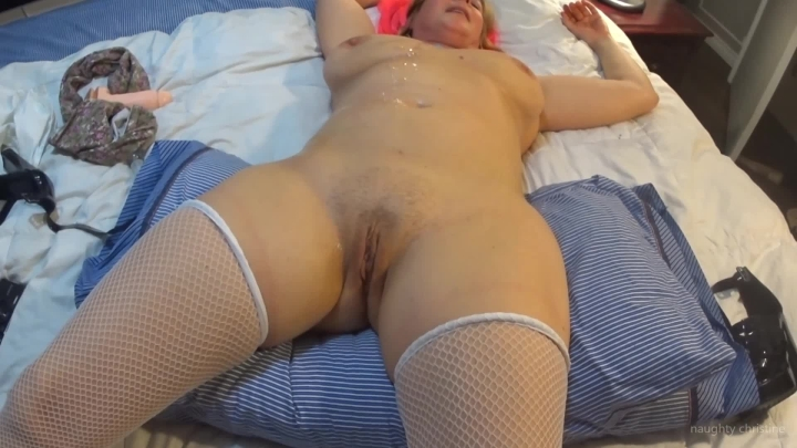 naughty christine very long very loud orgasm ~  Naughty Christine ~  Amateur ~  00:04:15 ~ Fishnets, Fucking, Orgasms ~  98,1 MB 18.10.2019