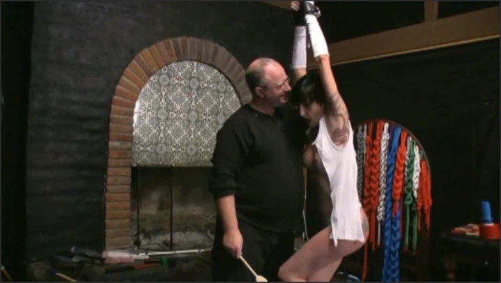 bdsm bondage hot milf tied whipped electrified amp vibed to orgasm *  Mrs Mischief *  *  00:33:57 * Whipping, Fetish *  323,6 MB 27.11.2019