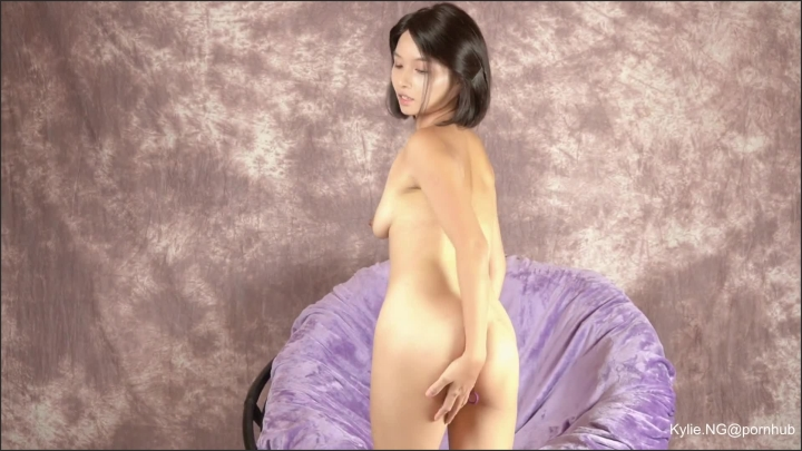 kylie in purple fingering her pussy to get strong squirting orgasm ~  Kylie NG ~  ~  00:14:45 ~ Milf, Asian Dildo, Dildo Masturbation ~  291,1 MB 23.11.2019