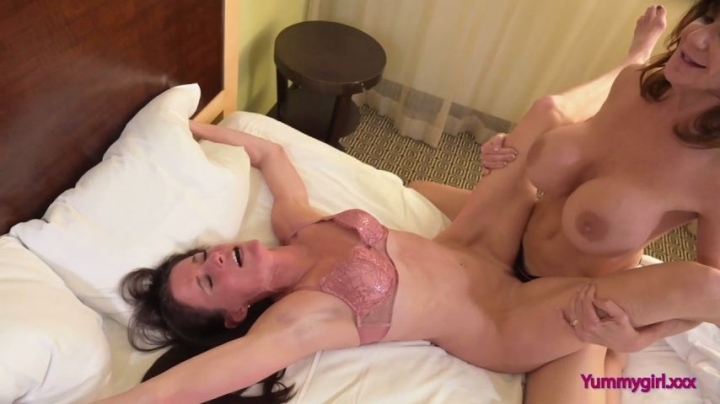 sofie marie breaking the seal 720p ~  Sofie Marie ~  Amateur ~  00:30:34 ~ Milf, Strap-on, Lesbians ~  1,1 GB 14.11.2019