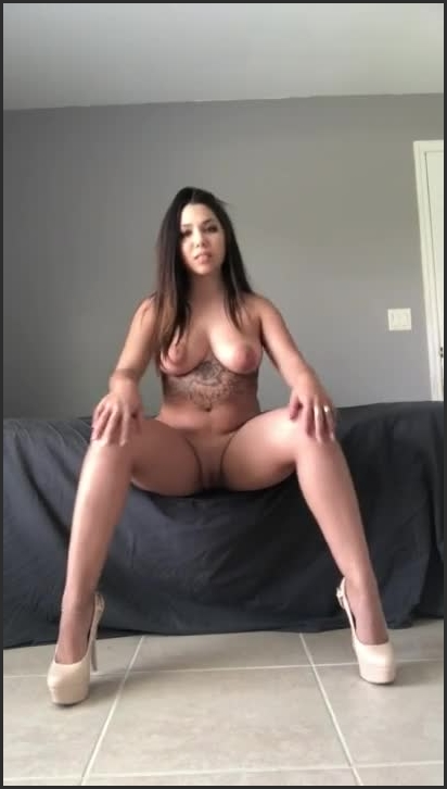watch me strip tease and squirt ~  Jada Conbreezy ~  ~  00:06:26 ~ Upskirt No Panties, Tattooed Women, Amateur ~  19,2 MB 26.11.2019
