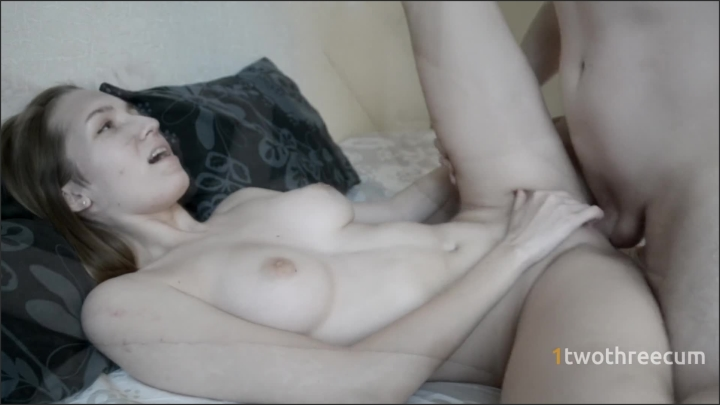 1twothreecum tinder girl fucked in missionary    1twothreecum       00:06:51   Cum Stomach, Tinder Date, Tinder Teen    81 MB 08.12.2019