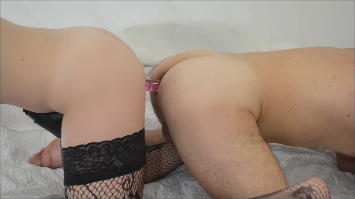 dirty lady amateur couple uses double sided dildo kinky homevideo *  Dirty Lady *  *  00:14:47 * Double Dildo, Prostate Toy *  286 MB 27.12.2019