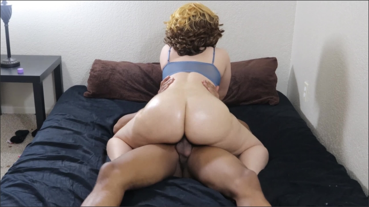 juicyj1995 sexy blonde bubble butt rides bbc until cum leaks out her pussy |  JuicyJ1995 |  |  00:03:46 | Big Ass, Blonde |  94,5 MB 07.12.2019