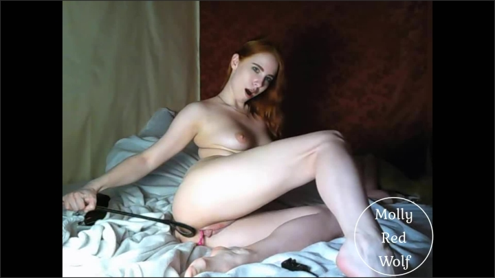 mollyredwolf whipping candle wax and playing with a big toy booty mollyredwolf *  MollyRedWolf *  *  00:22:33 * Kink, Exclusive, Solo Female *  277,1 MB 17.12.2019