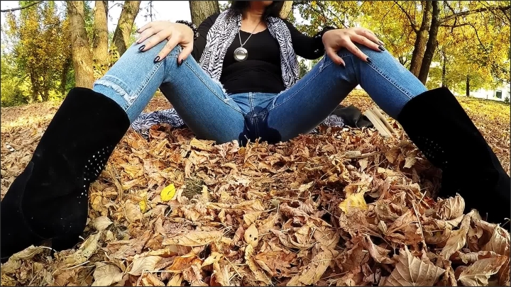 julia jordan wetting my jeans in the park was fantastic ~  Julia Jordan ~  ~  00:06:54 ~ Reality, Wetting Jeans ~  729,9 MB 21.01.2020