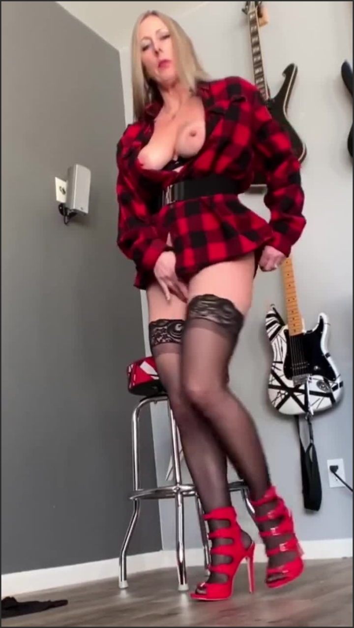brickbabe flannel tease fingering and squirt *  Brickbabe *  *  00:11:59 * Verified Amateurs, High Heels, Thigh High Stockings *  145,1 MB 19.02.2020