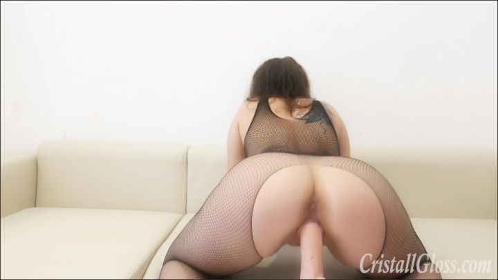 cristall gloss brunette booty ass play pussy and fuck huge toy *  Cristall Gloss *  *  00:14:15 * Russian, Pussy Fuck *  340,8 MB 18.02.2020