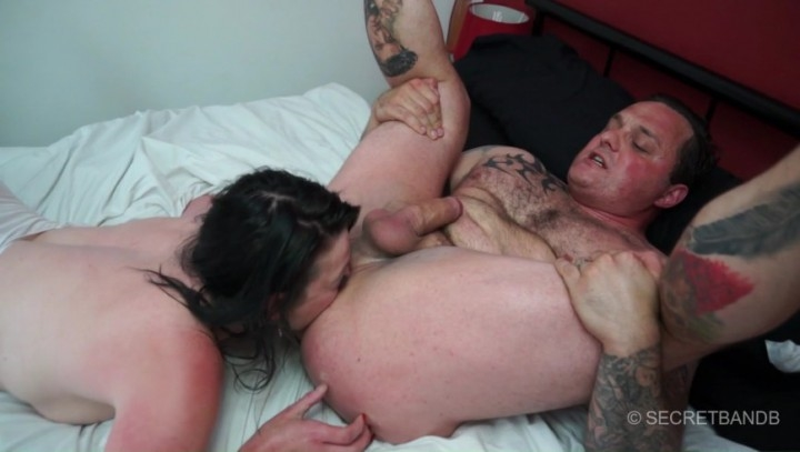 [HD] monstermales muscled stud sucked rimmed fucked milfs – MonsterMales – ManyVids – 00:25:49 | Blow Jobs, Threesome – 1,7 GB