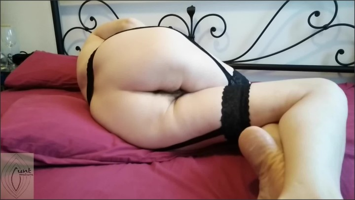 [Full HD] mature wife cums crossed legs lying on her side ass view  – Mature_Cunt –  – 00:07:06   Hairy Pussy, Exclusive, Amateur – 144,2 MB