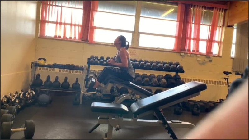 [HD] cute asian wife gets some stretching while lifting   – MarriedFitFam – -00:07:15 | Random, Gym, Public Blowjob – 80,9 MB