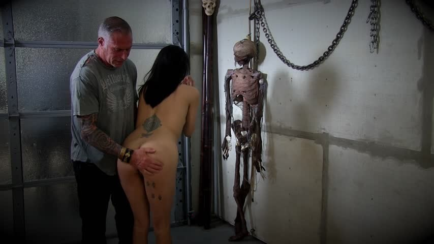 [Full HD] kitty j xxx used like the obedient submissive i am Kitty J XXX – ManyVids-00:30:51 | Big Toys, Anal Play, Submissive Sluts, Bondage, Handcuff and Shackle Fetish – 1,2 GB